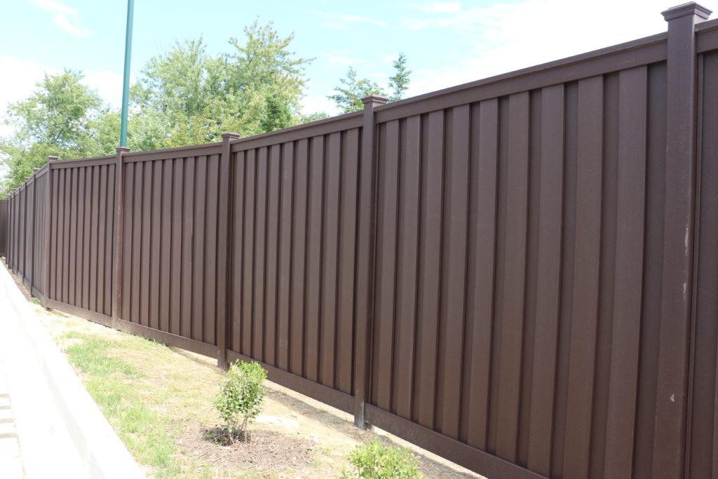 Shoreline Vinyl Fencing